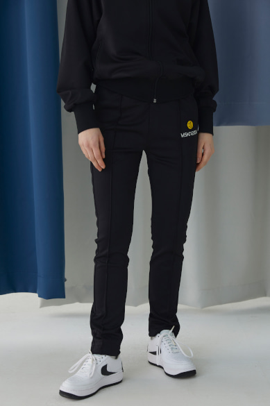 SM:]E PATCH TRACK PANTS BLACK
