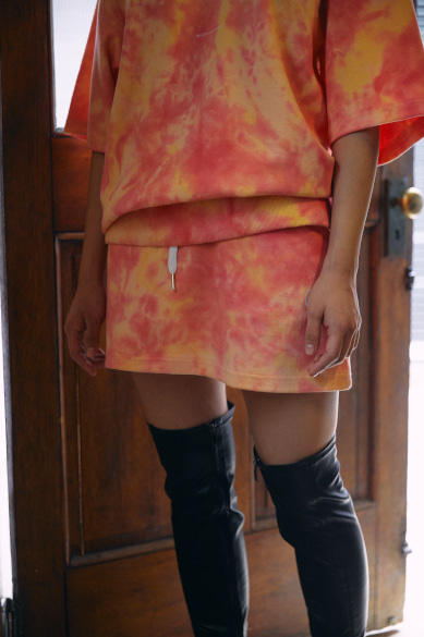 TIE DYE SWEAT SKIRT PEACH